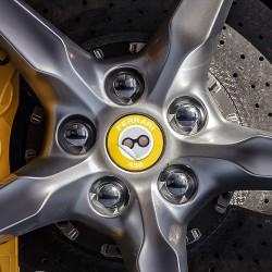Nabendeckel Aufkleber Ferrari 456