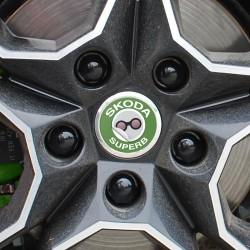 Nabendeckel Aufkleber Škoda Superb
