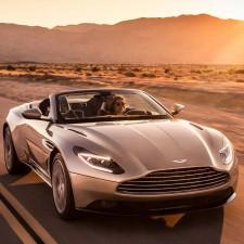 Aston Martin Nabendeckel Aufkleber