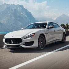 Maserati Nabendeckel Aufkleber
