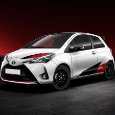 Toyota Nabendeckel Aufkleber